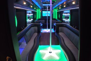 Party Buses - A-List Limousine - Ck0_btdUUAMVa_A