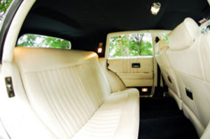 Custom & VIP Vehicle Fleet for Rent in Westland Michigan - excalibur-cutom-sedan-interior